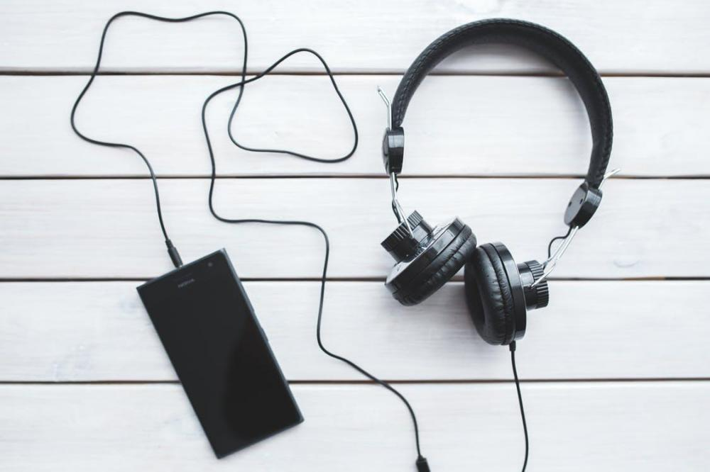 «Вконтакте» режет музыку тем, кто без подписки